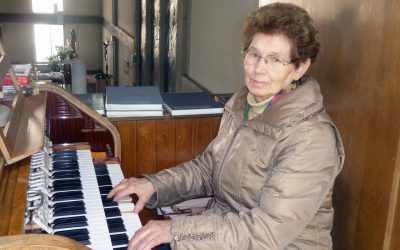 """Menschen mit besonderen Talenten oder Hobbys in der Pfarre """"Zum Göttlichen Wort"""" – Fr. Bernadette Percsy"""