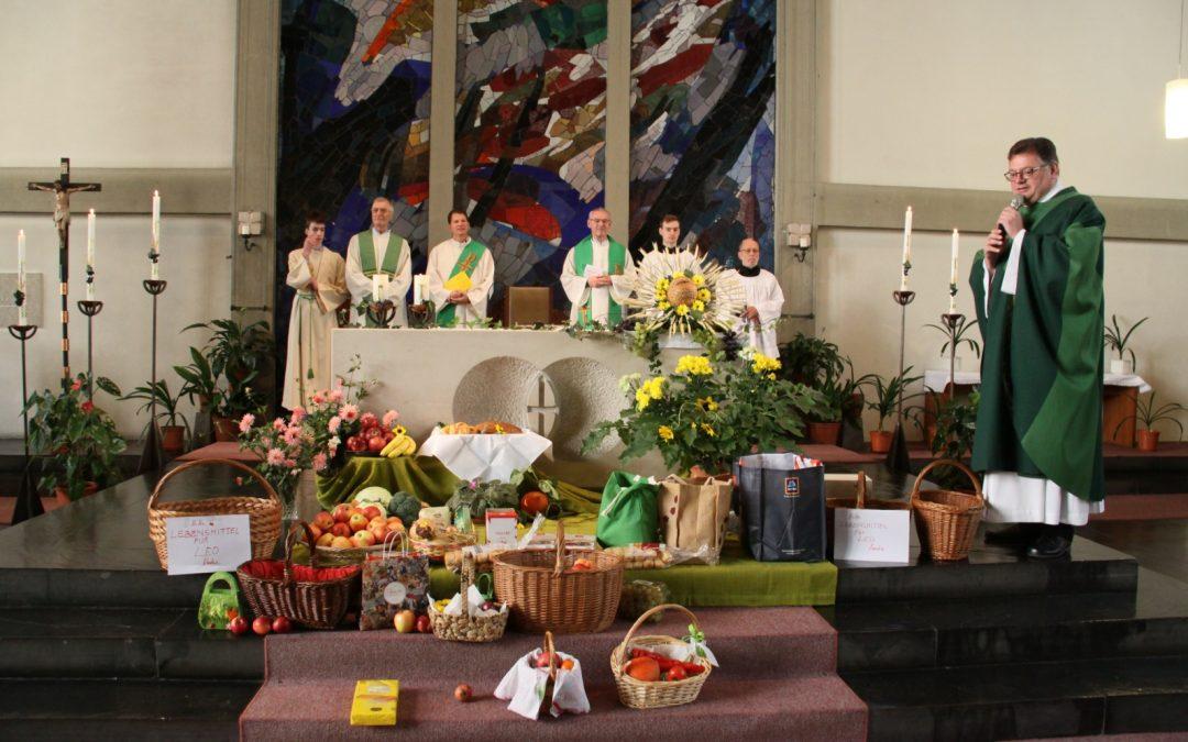 Erntedank und Verabschiedung von Diakon Thomas Burgstaller in der Hl. Familie