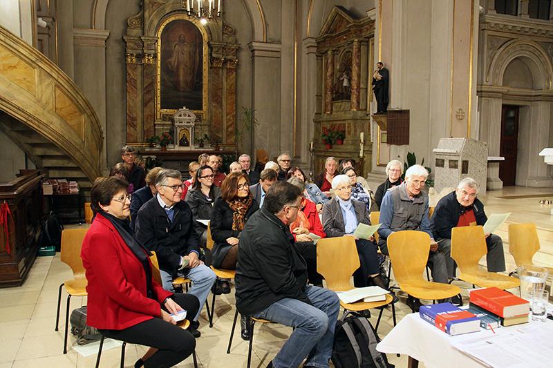 Start der neuen Gesprächsreihe Menschen im Gespräch – Kirche am Keplerplatz